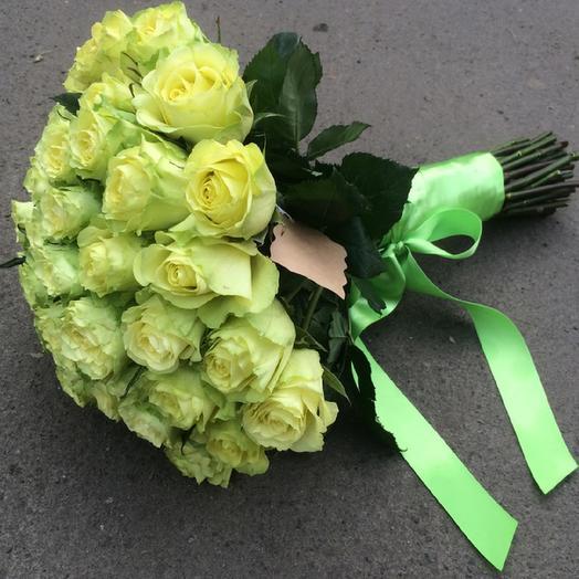Букет из 25 зелёных роз: букеты цветов на заказ Flowwow