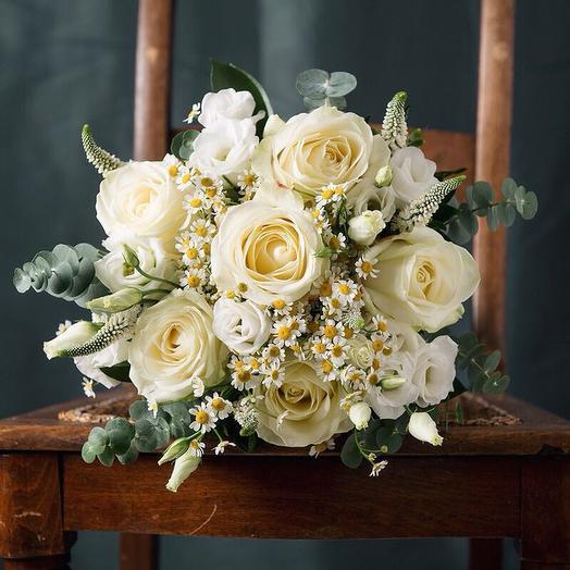 Нежный белый букет: букеты цветов на заказ Flowwow