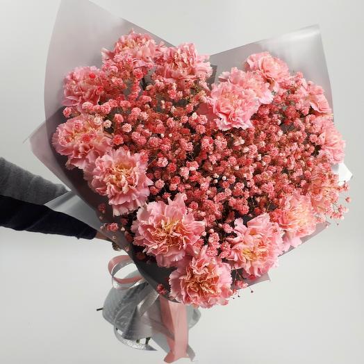 Розовое сердце из диантуса: букеты цветов на заказ Flowwow