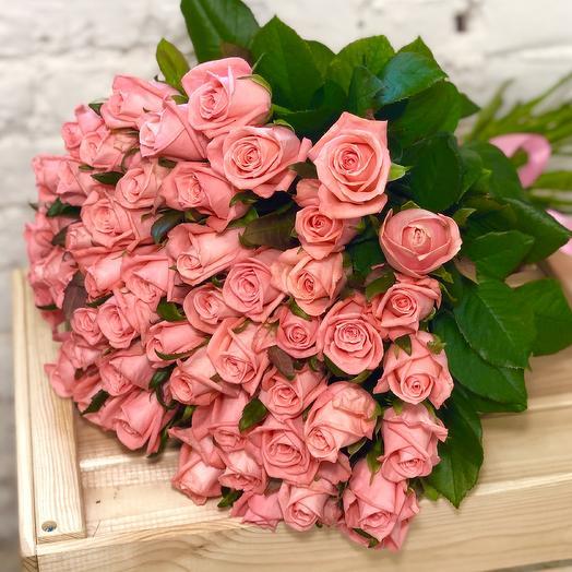 51 розовая роза Анна Карина: букеты цветов на заказ Flowwow
