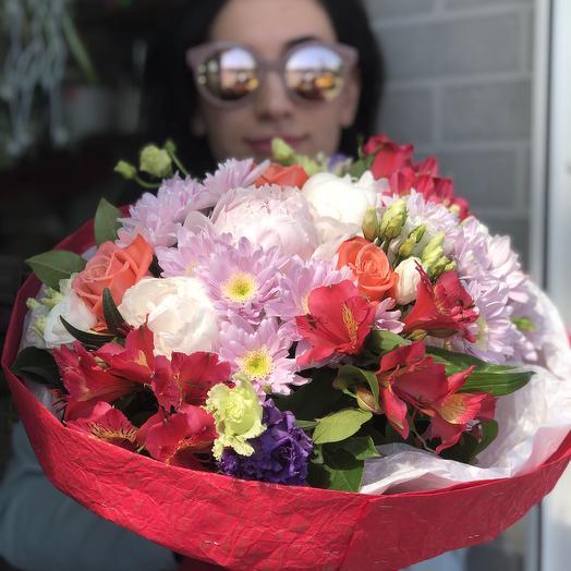 Букет с пионами и розами: букеты цветов на заказ Flowwow