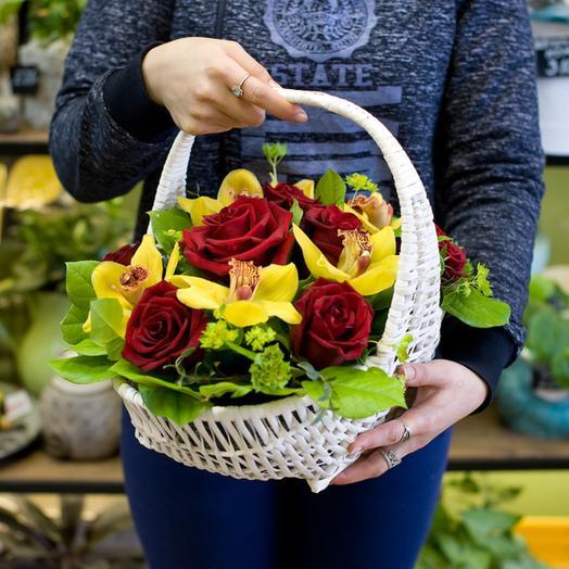 "Корзина цветов ""Сентябрь"": букеты цветов на заказ Flowwow"