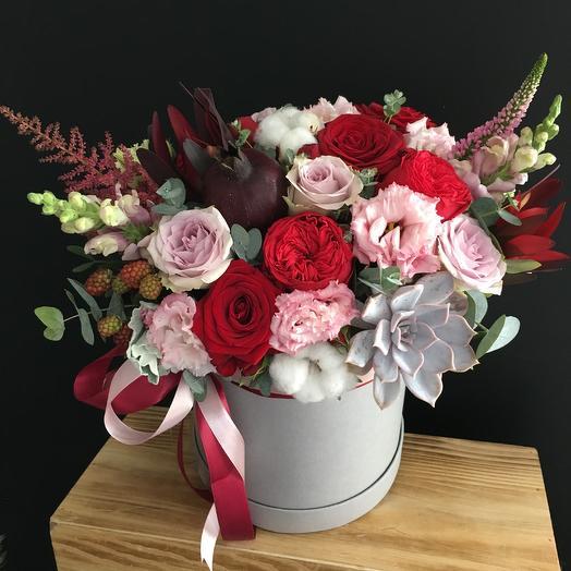 Коробочка дня - с гранатом: букеты цветов на заказ Flowwow
