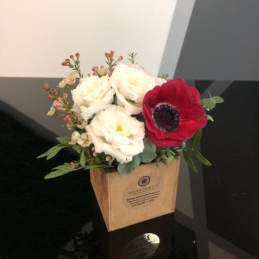 Подарочный кубик: букеты цветов на заказ Flowwow