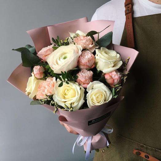 Букет с ранункулюсом: букеты цветов на заказ Flowwow