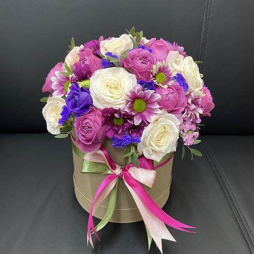 Авторский микс 1 в крафтовой коробке: букеты цветов на заказ Flowwow