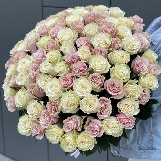 Bouquet of 101 white and pink roses