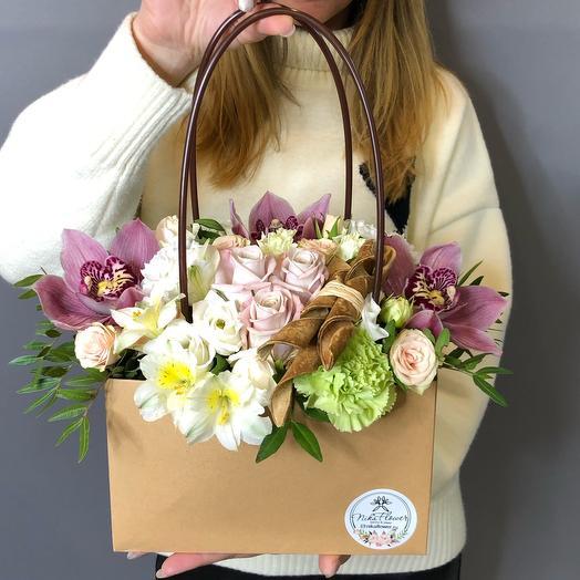 Сумочка дамская цветочная