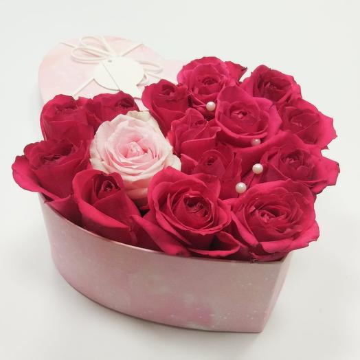 Коробка сердце с 15 розами