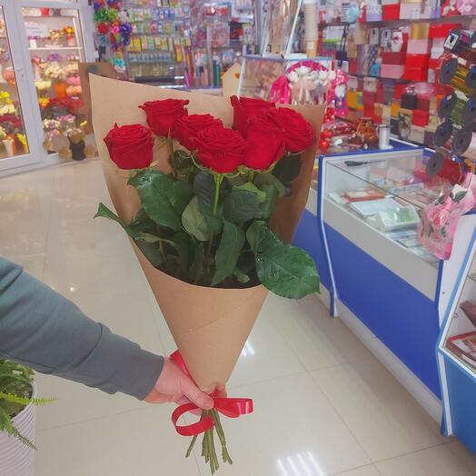 Роза красная 7 штук