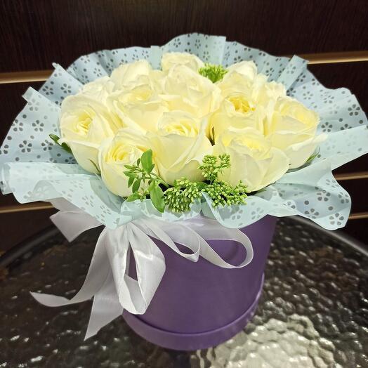Цветы в коробке N13
