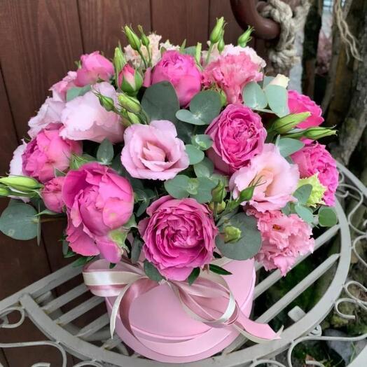"""Цветы в коробке """"Виктория """""""