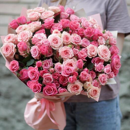 Монобукет с кустовой розой
