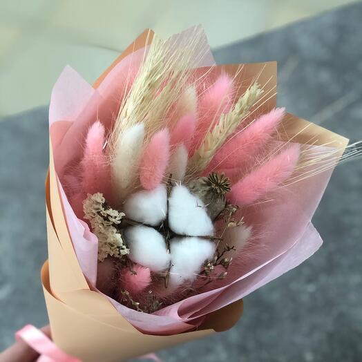 Милый букет сухоцветов