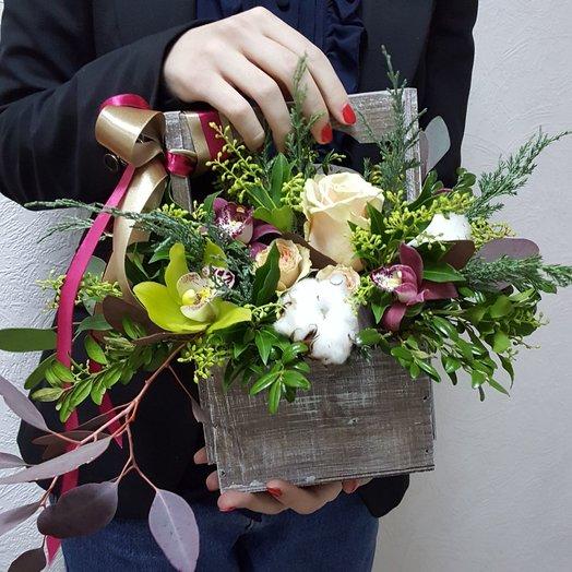 Ящичек (маленький): букеты цветов на заказ Flowwow