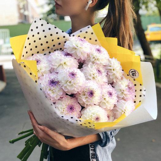 Дахлии МАХ: букеты цветов на заказ Flowwow