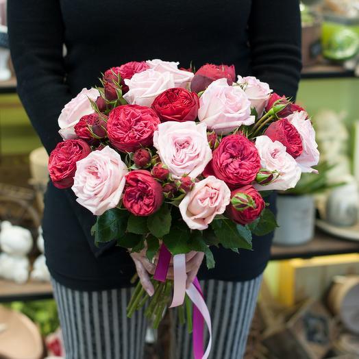 Букет из пионовидных роз (23 розы)