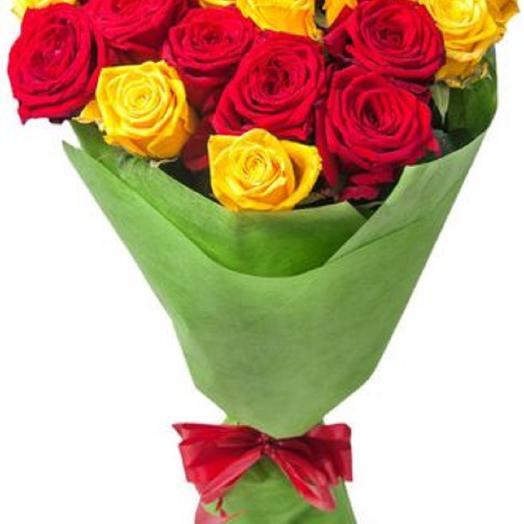 19 роз микс: букеты цветов на заказ Flowwow
