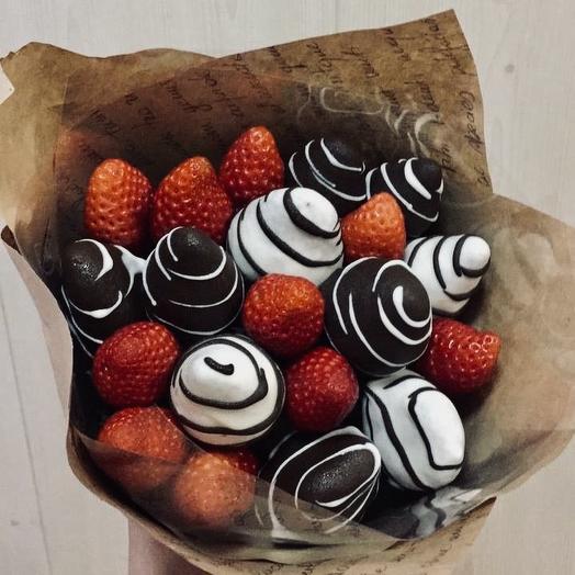 Клубничный букет «Нежный вкус»: букеты цветов на заказ Flowwow
