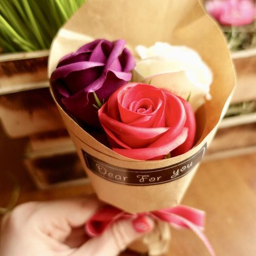 Розы из мыла: букеты цветов на заказ Flowwow