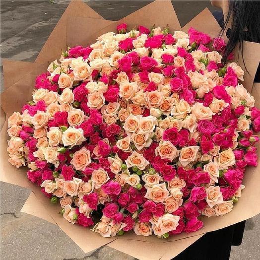 Букет из 79 кустовых роза: букеты цветов на заказ Flowwow