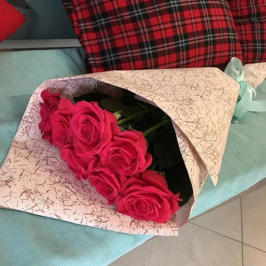7 малиновых роз: букеты цветов на заказ Flowwow