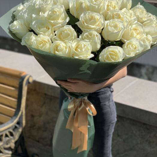 Букет из 51 белой  розы Эквадор: букеты цветов на заказ Flowwow