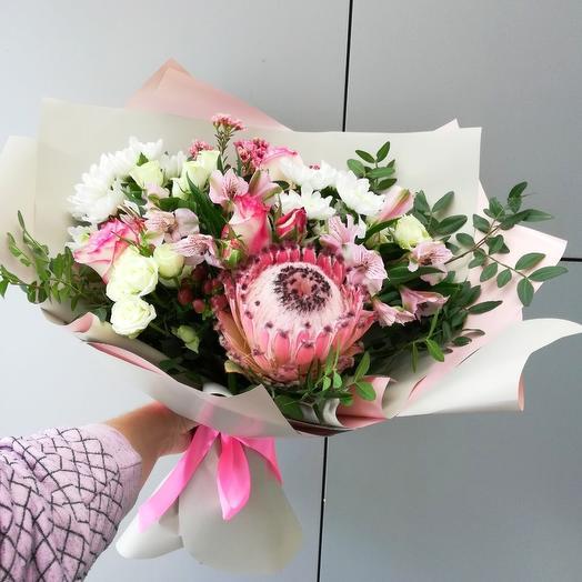 Для особенной: букеты цветов на заказ Flowwow