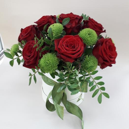Коробка с розами: букеты цветов на заказ Flowwow