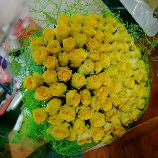 101 Жёлтая роза: букеты цветов на заказ Flowwow