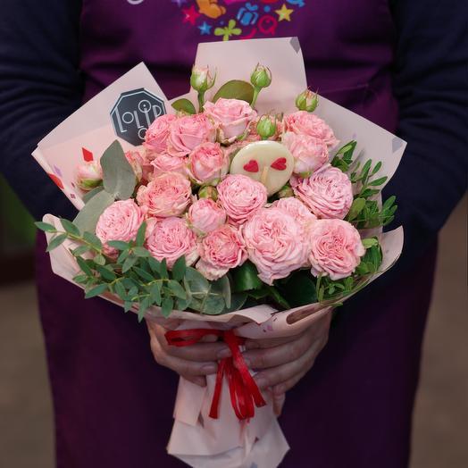 Розы и леденец: букеты цветов на заказ Flowwow