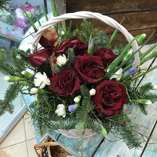 Корзина с сюрпризом): букеты цветов на заказ Flowwow