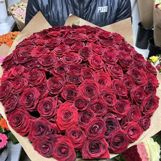 71 красная роза Люкс: букеты цветов на заказ Flowwow