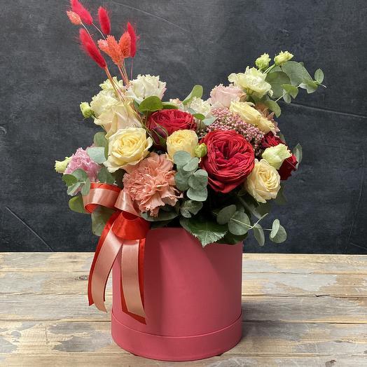 Композиция с пионовидной розой «Россыпь самоцветов»: букеты цветов на заказ Flowwow
