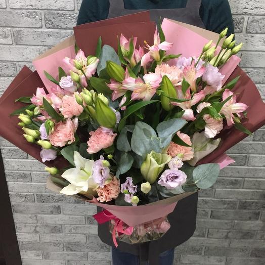 Lush bouquet 0991