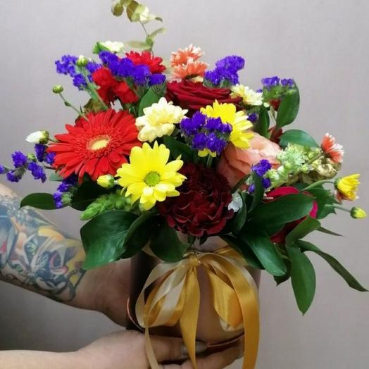 """Цветы в коробке """"Наоми"""""""
