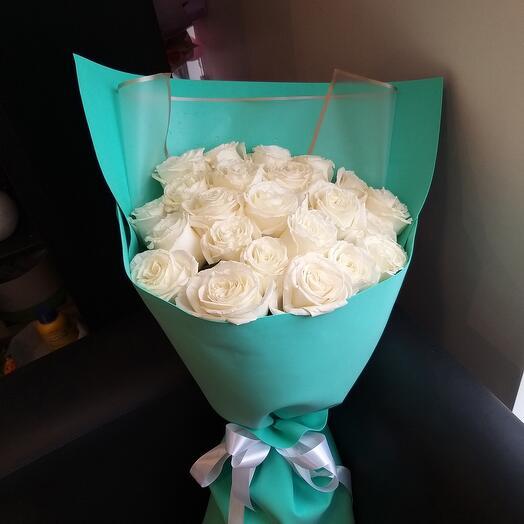 23 пионовидные розы 😍