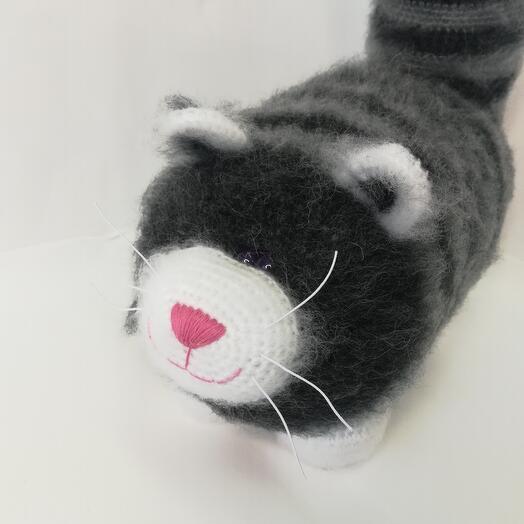 Кот вязаный