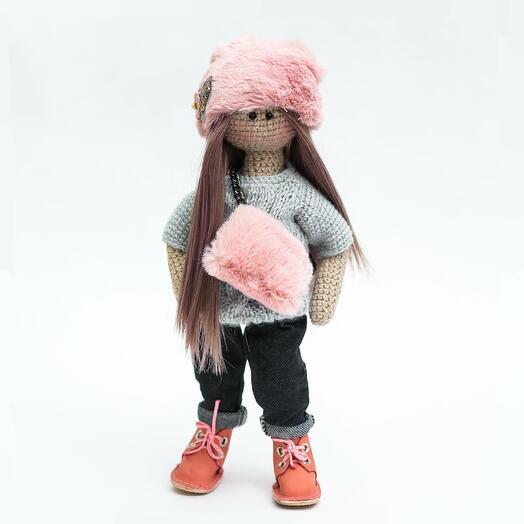 Кукла с сумкой ручной работы