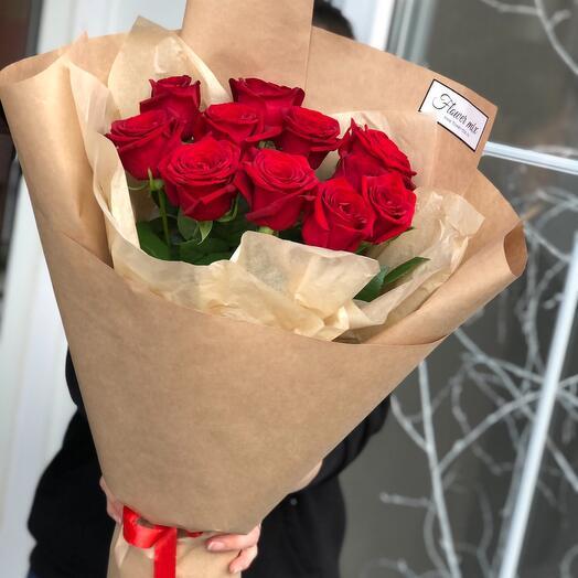 11 роз в крафте