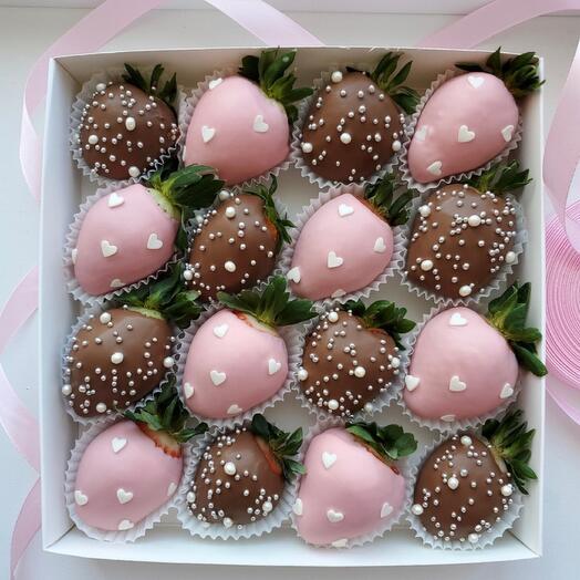 Набор клубника в шоколаде «влюблённость»