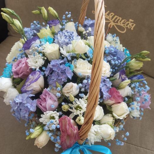 Корзина с цветами для тебя