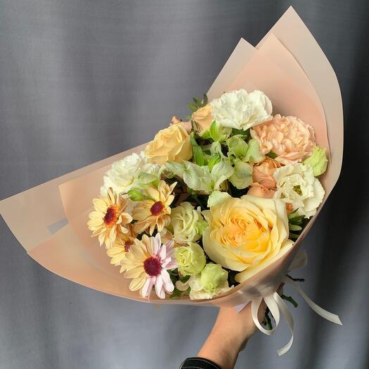 Букет с пионовидной розой