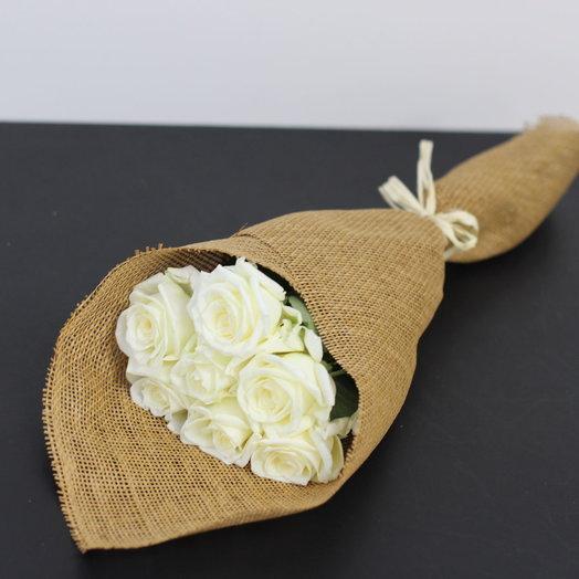 Белые классические розы: букеты цветов на заказ Flowwow