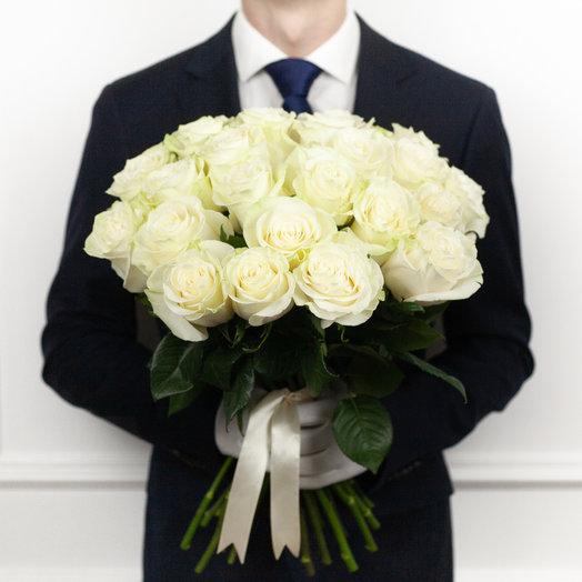 Букет из 23 белых голландских роз 50 см: букеты цветов на заказ Flowwow
