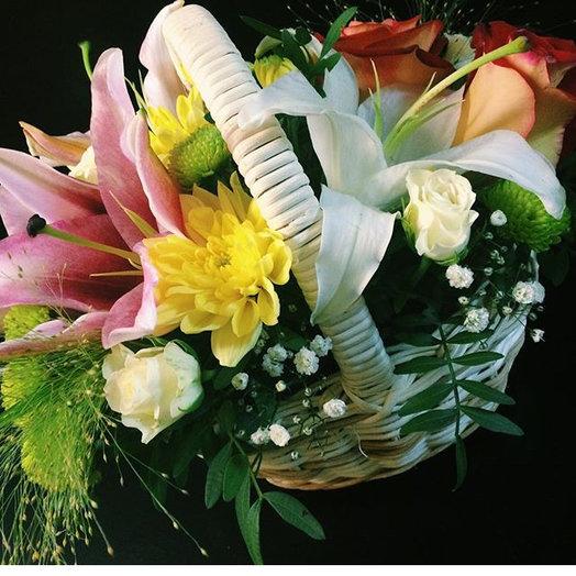 Цветочная корзинка: букеты цветов на заказ Flowwow