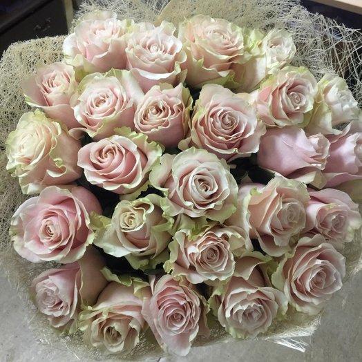Букет из 25 роз Эквадор 70см: букеты цветов на заказ Flowwow