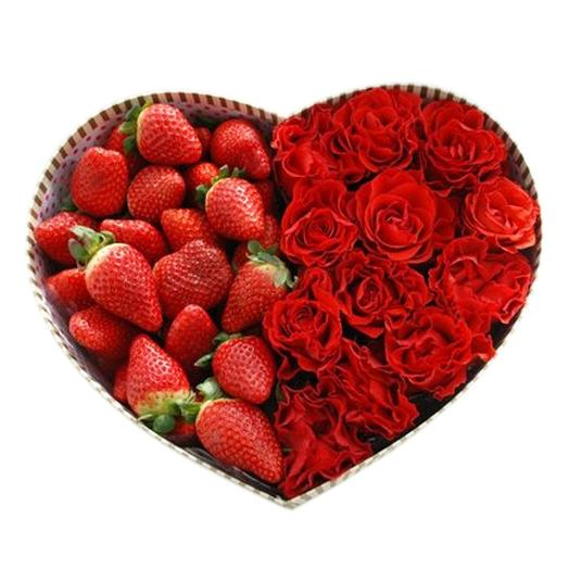 Сердце клубничное: букеты цветов на заказ Flowwow