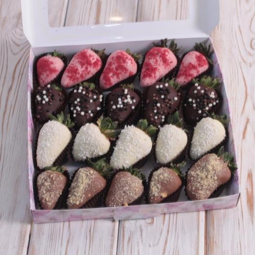 Клубника 20шт в Бельгийском шоколаде: букеты цветов на заказ Flowwow