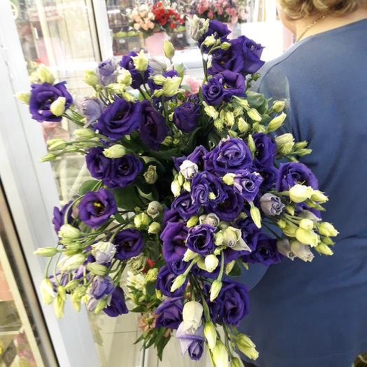 Лизиантус фиолетовый: букеты цветов на заказ Flowwow